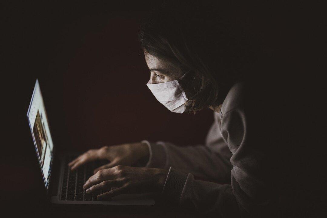 Россияне застраховались от коронавируса на 2,6 млрд рублей