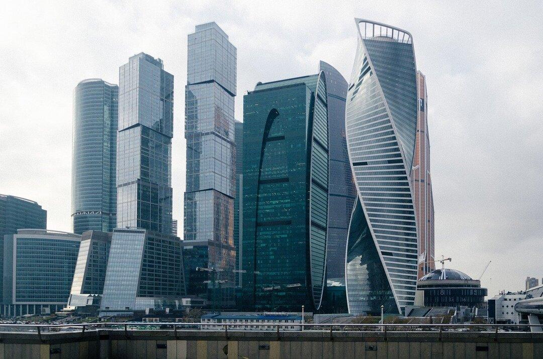 Телефонные мошенники из «Москвы-Сити» украли у инвесторов больше 300 млн рублей