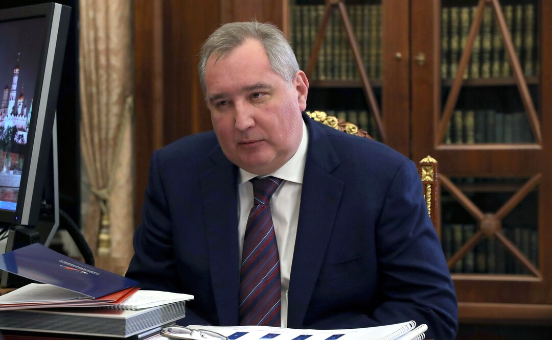 Рогозин за год удвоил свои доходы в «Роскосмосе». Он заработал более 83 млн рублей