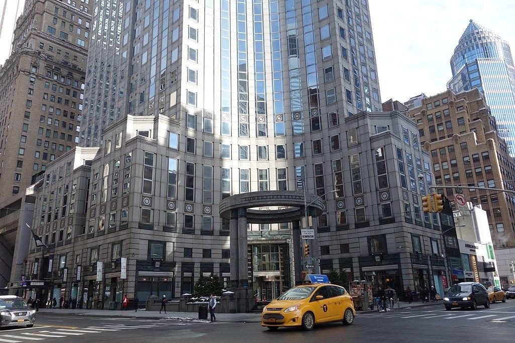 В Нью-Йорке рядом с «улицей миллиардеров» откроют приют для бездомных