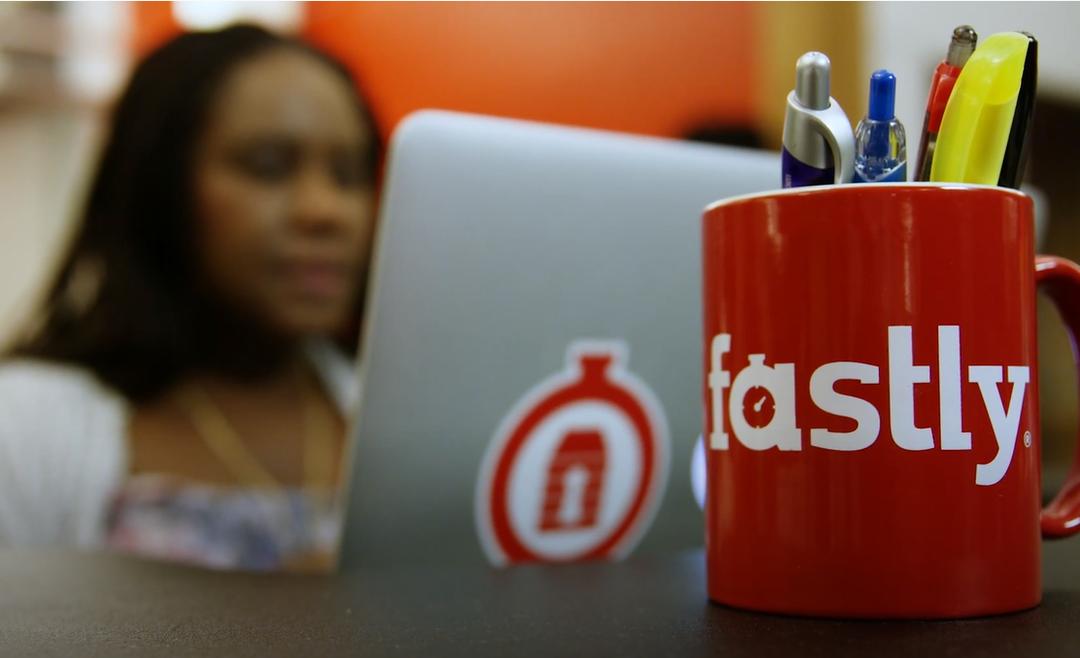 Акции «сломавшего интернет» провайдера внезапно взлетели в цене