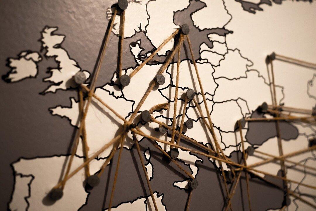 «AliExpress Россия» начала продавать российские товары в Европу