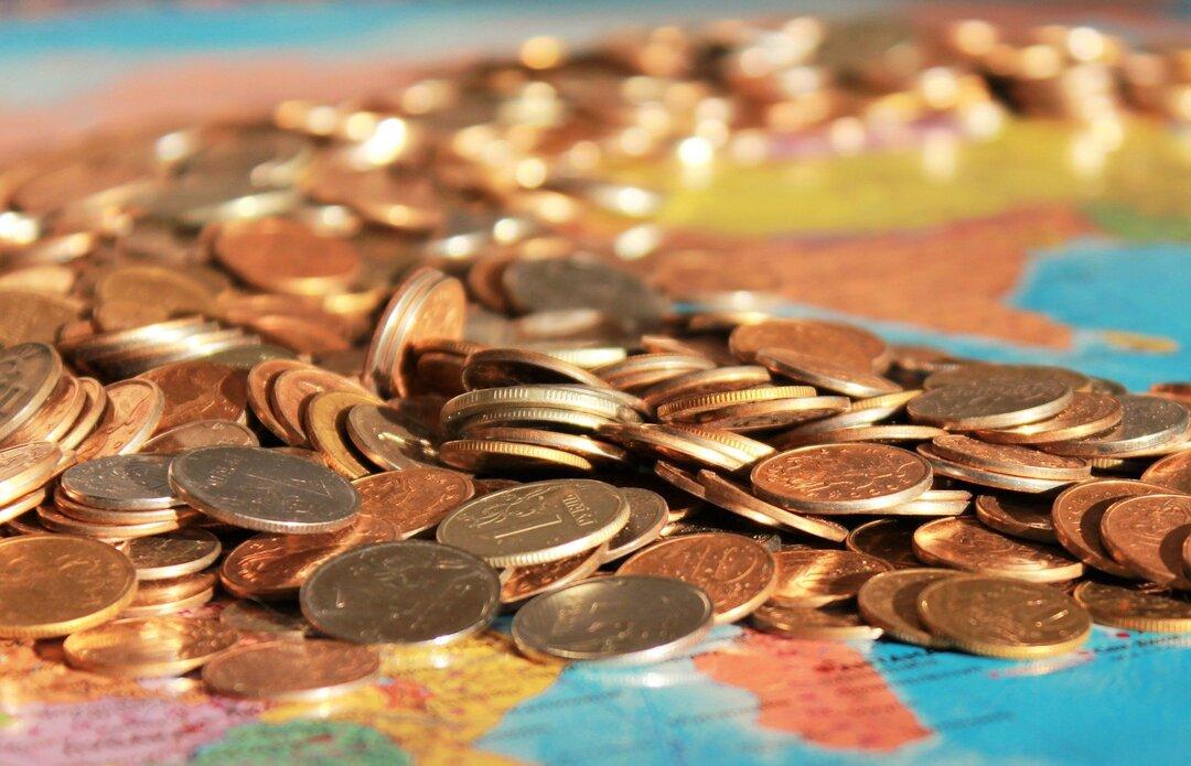 Ущерб от коррупции в России оценили в 63 млрд рублей
