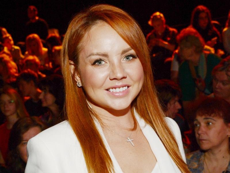 Певица МакSим в искусственной коме на ИВЛ. У неё коронавирус, состояние ухудшилось