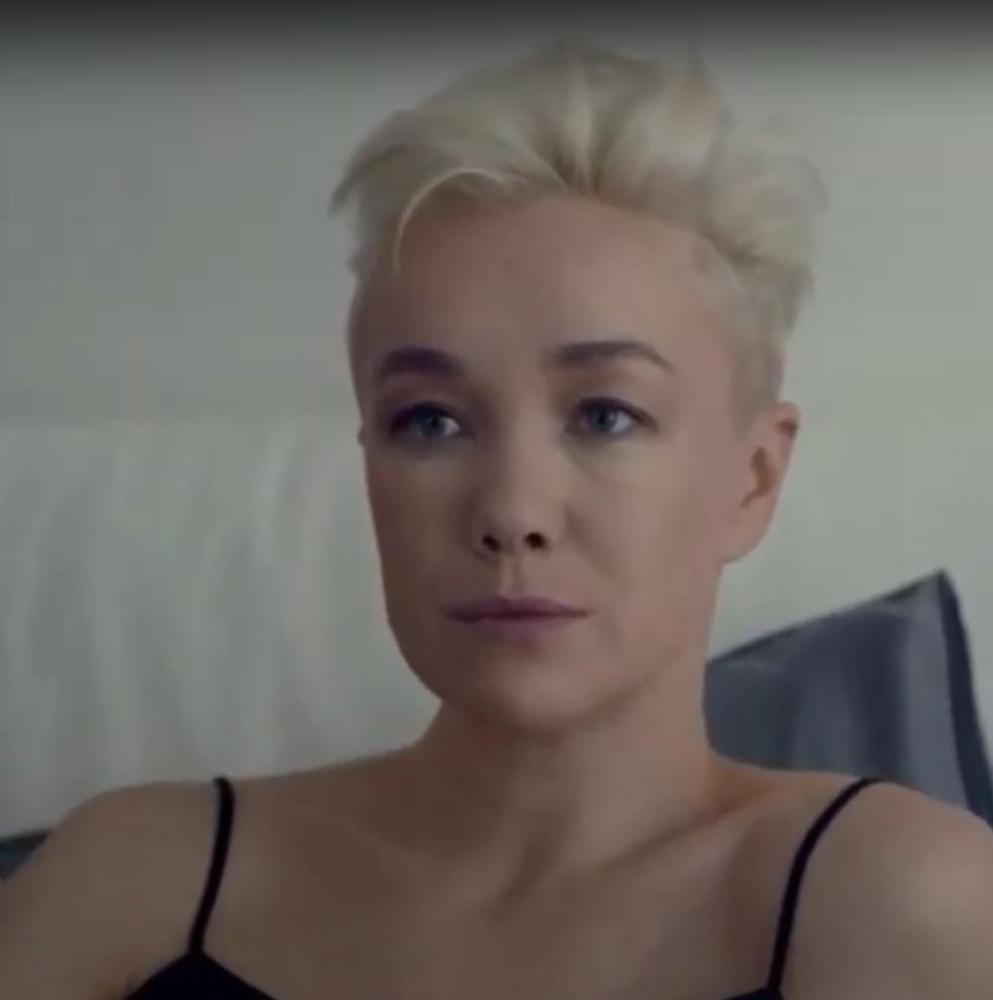 Обнаженная Дарья Мороз рассмешила отца на съемках новых 'Содержанок'