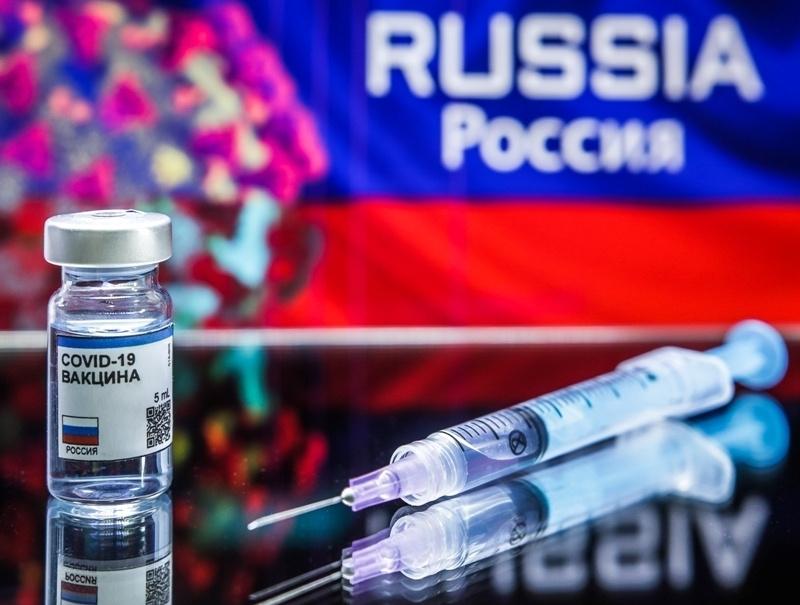 Среди вакцинировавшихся москвичей разыграют пять автомобилей