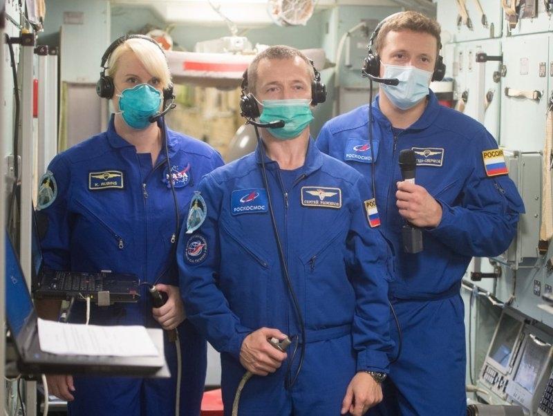 После повышения зарплат космонавты будут получать меньше депутатов Госдумы