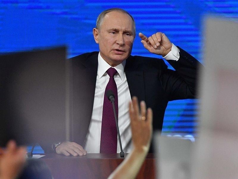 Песков предложил жителям России и Беларуси 'привыкать' жить в кольце врагов