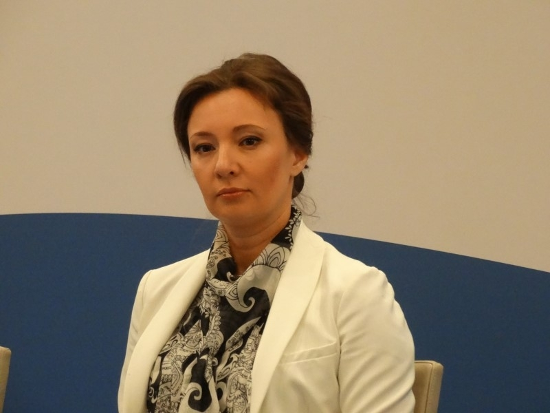 Омбудсмен Кузнецова призвала 'премодерировать информацию' в Сети после шутинга