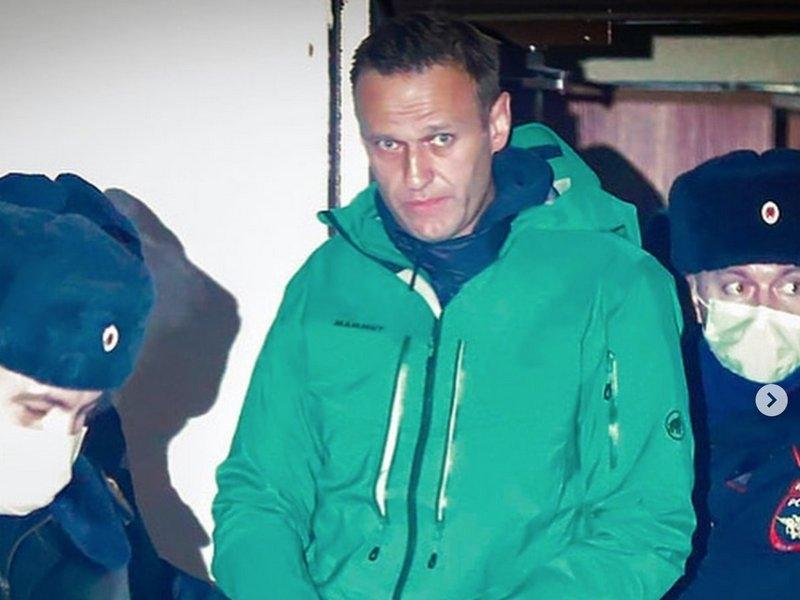 Сванидзе: Навального нужно освобождать и лечить, иначе это плохо закончится