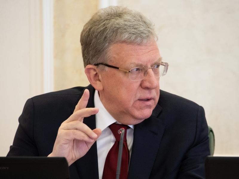 Мало пашут: Кудрин назвал причину низких зарплат бюджетников в России