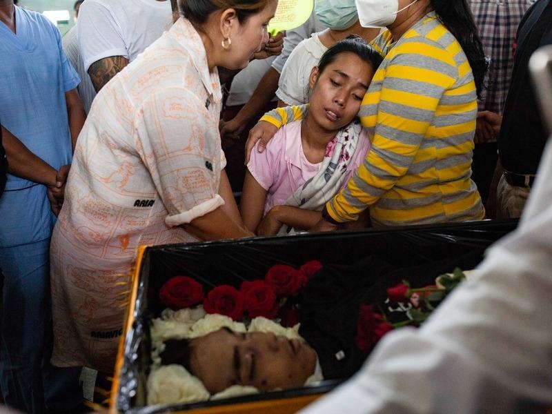 38 убитых в Мьянме, депутатов тасуют к выборам, поражение ХДС. Главное к 15 марта