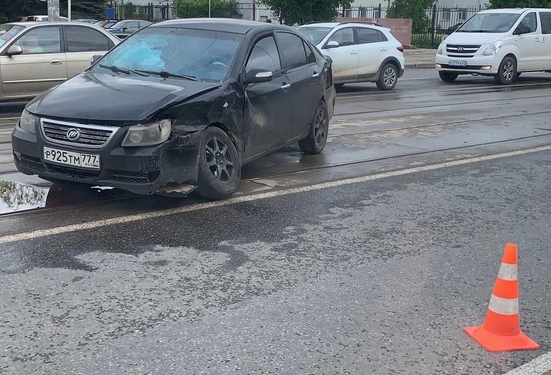 В Смоленске произошло жёсткое ДТП на Фрунзе