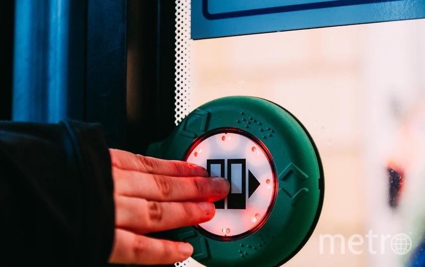 Кнопки помогут открыть двери троллейбуса: какая технология появилась в Петербурге