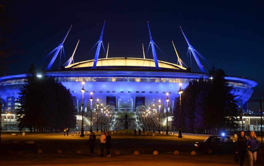 'Космический' Петербург: где находятся летающие тарелки и инопланетные корабли