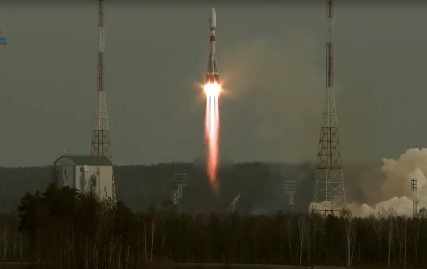 'Роскосмос' успешно запустил на орбиту 36 спутников связи: что это значит