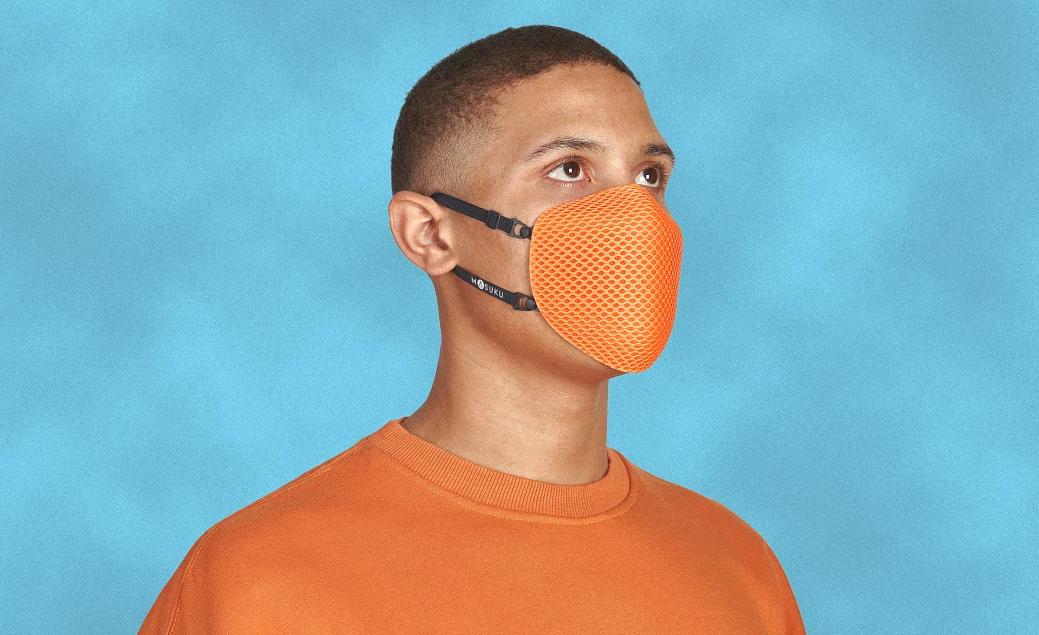 Наталья Водянова и стартап Pentatonic создали экологичную маску из перерабатываемых материалов