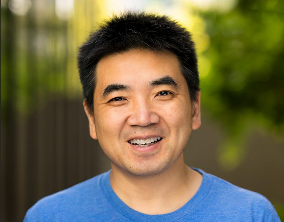 Основатель Zoom Эрик Юань перевёл 40% своих акций на сумму $6 млрд неизвестным