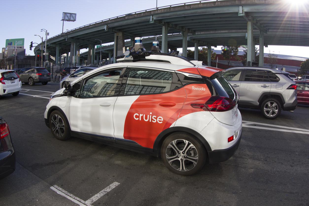 General Motors начнет продавать полностью автономные автомобили в 2030 году