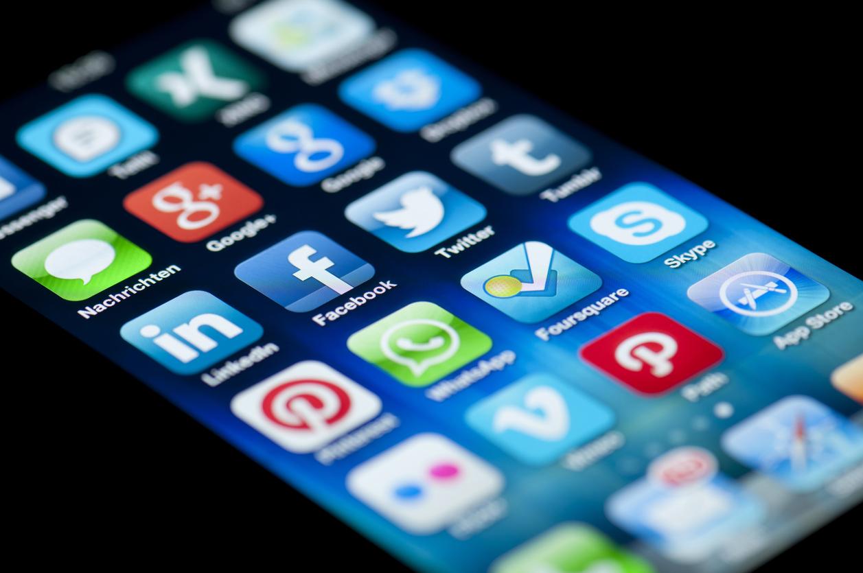 Иностранные IT-компании с ежедневной аудиторией более 500 тыс. обяжут открывать филиалы в России