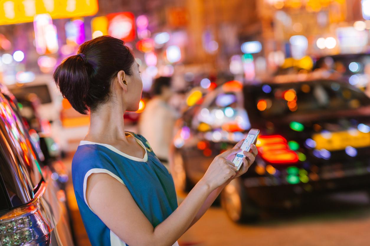 Китай начал антимонопольное расследование против готовящегося к IPO сервиса такси Didi