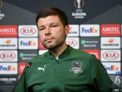 Мусаев объяснил своё появление на матче «Краснодара» в худи и кепке