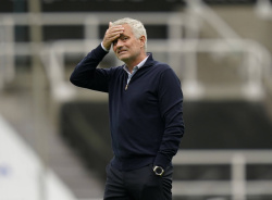 Моуринью: «Погба должен был получить красную карточку»