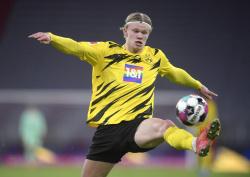 Холанна критикуют на родине за игру в сборной