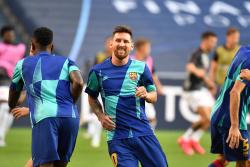 Месси прокомментировал повторение рекорда Хави по матчам за «Барселону»