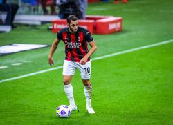 Чалханоглу отклонил предложение из Катара ради «Милана»