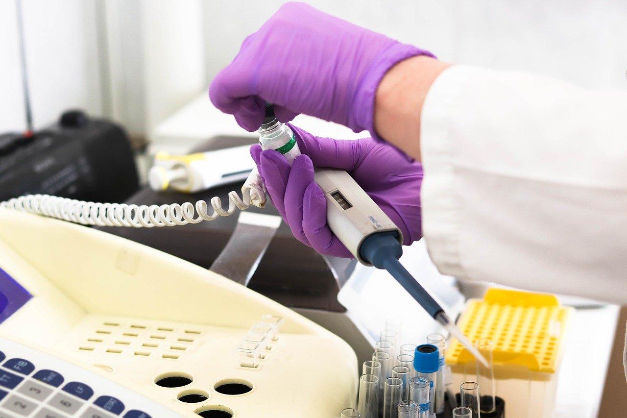 Голикова объяснила, зачем привитым от коронавируса сдавать ПЦР-тесты