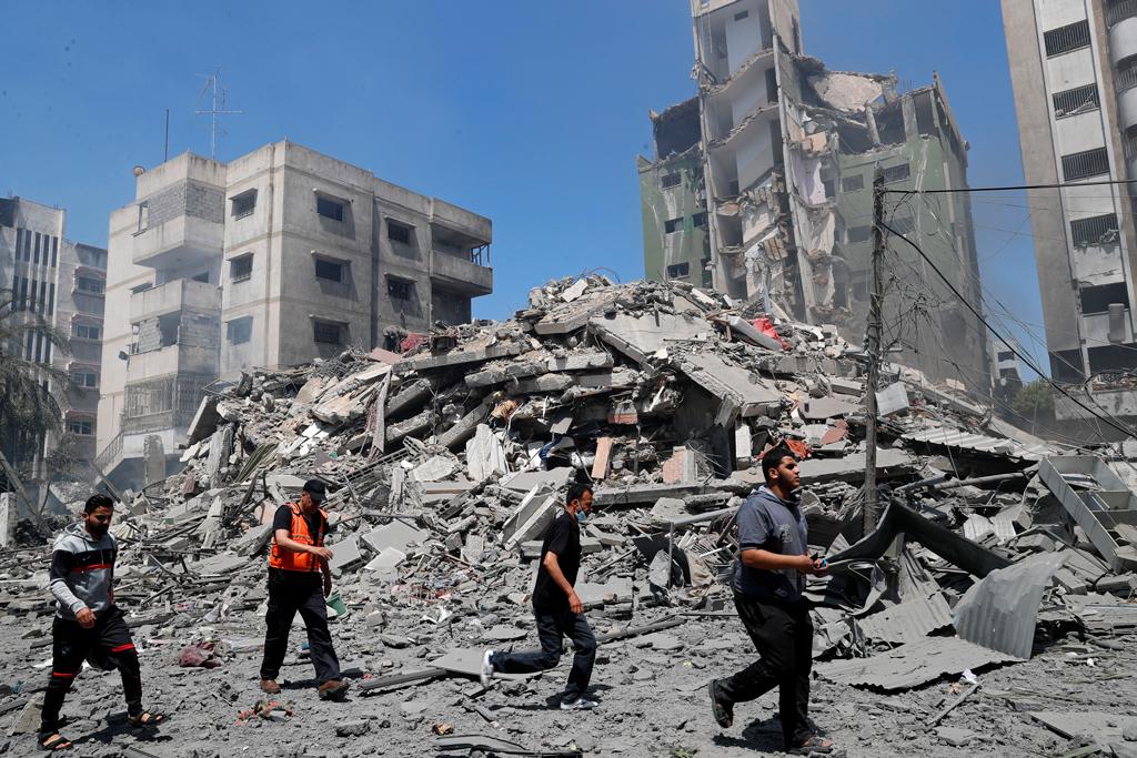 Россия осуждает использование силы против населения Израиля и Палестины, заявили в МИД