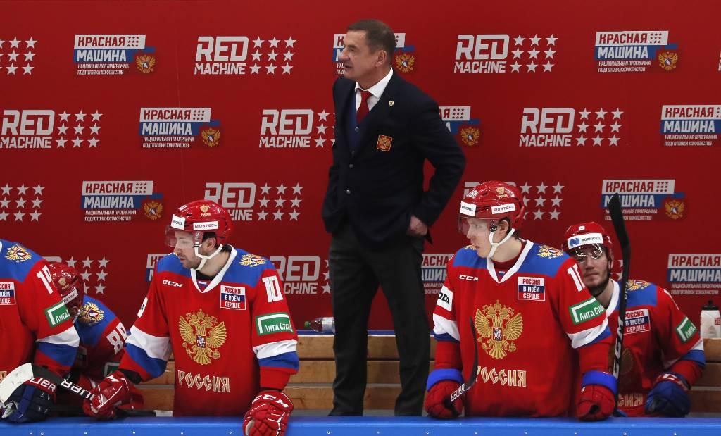 16 дебютантов и провал в Чехии: почему за сборную России страшно на ЧМ