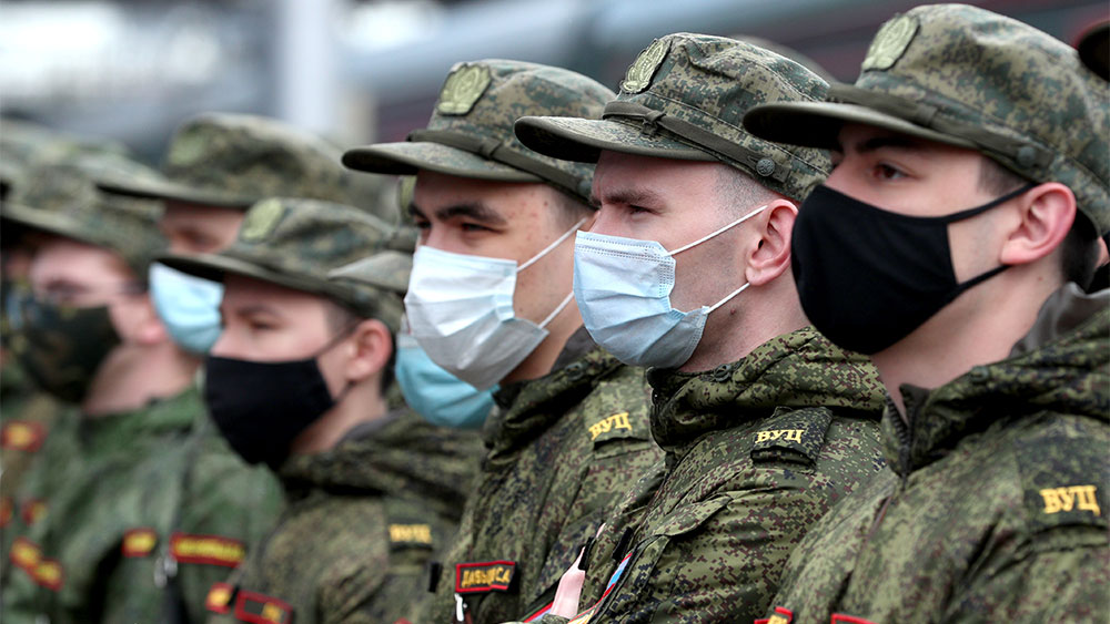 Оклады военных и силовиков вырастут с 1 октября