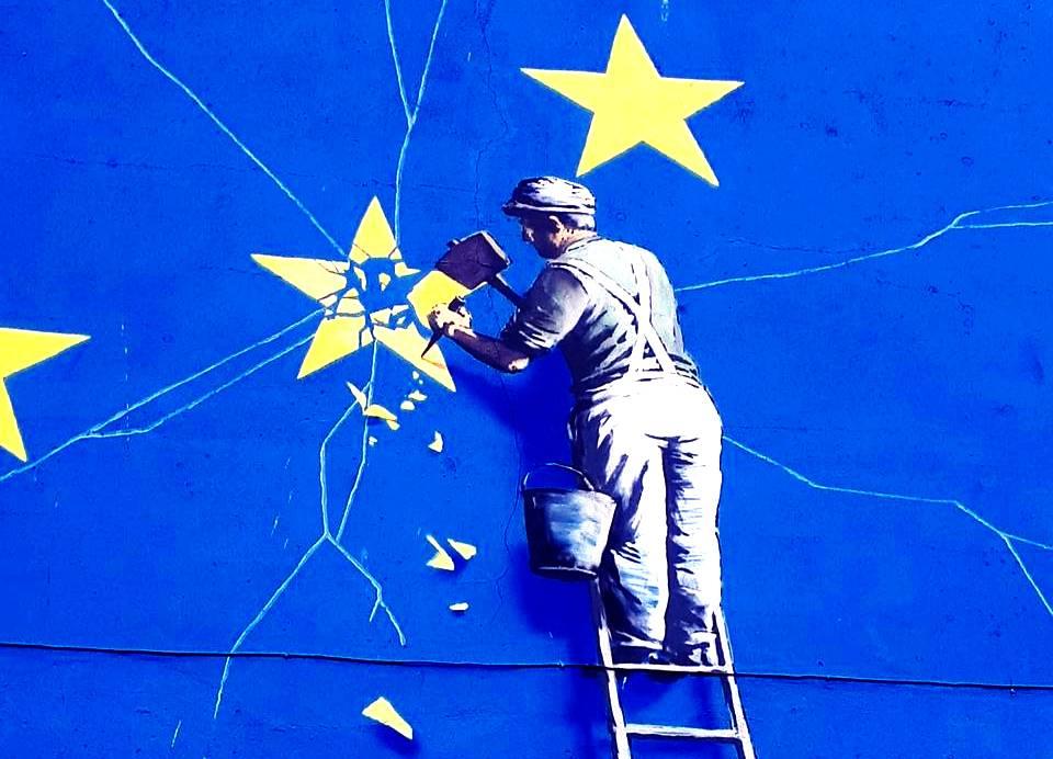'Это всё обман': Политолог призвал не доверять обещаниям Еврокомиссии о финансовой поддержке 'демократической Белоруссии'
