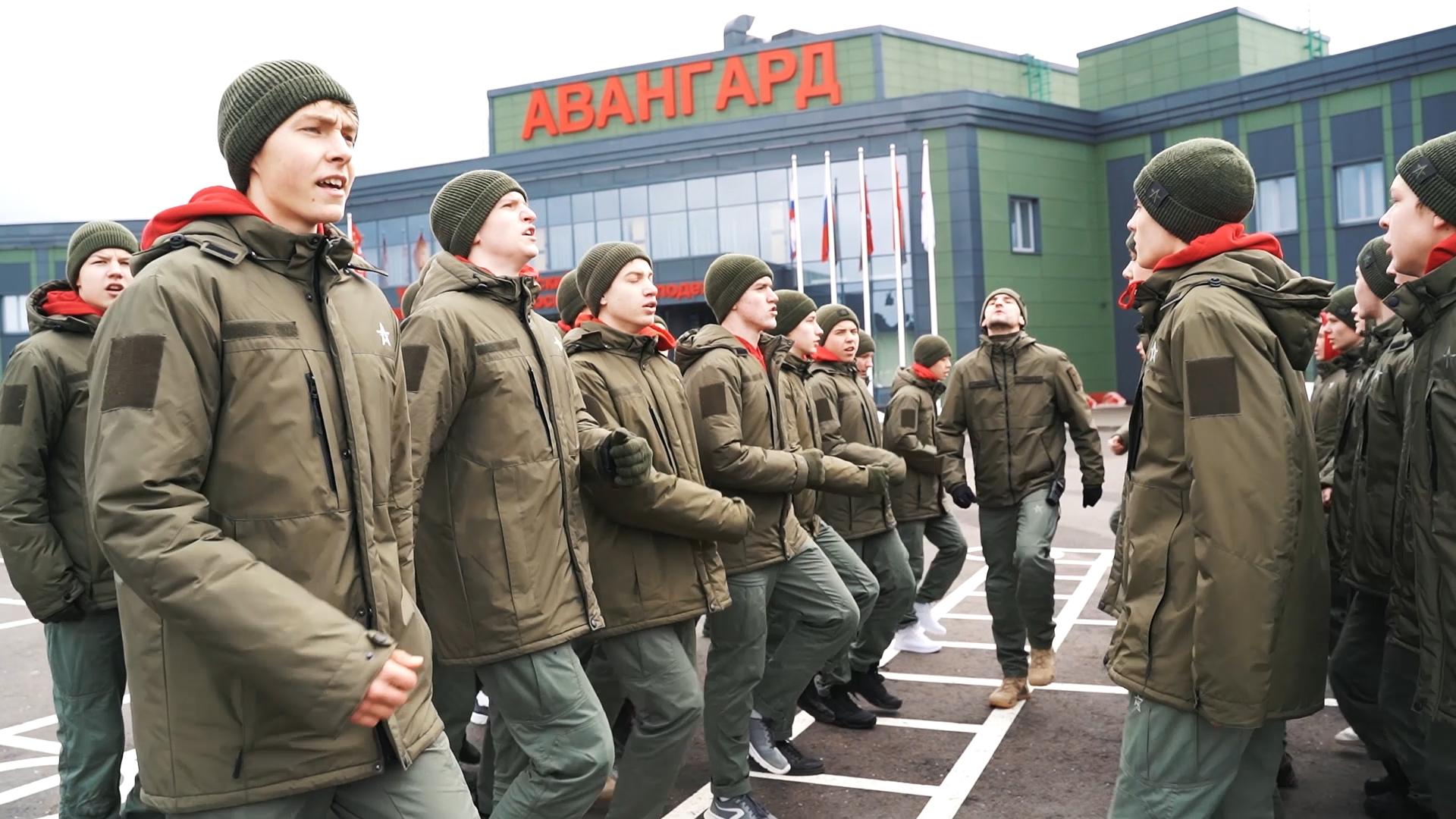 Шойгу предложил провести Большую всероссийскую спартакиаду юнармейцев