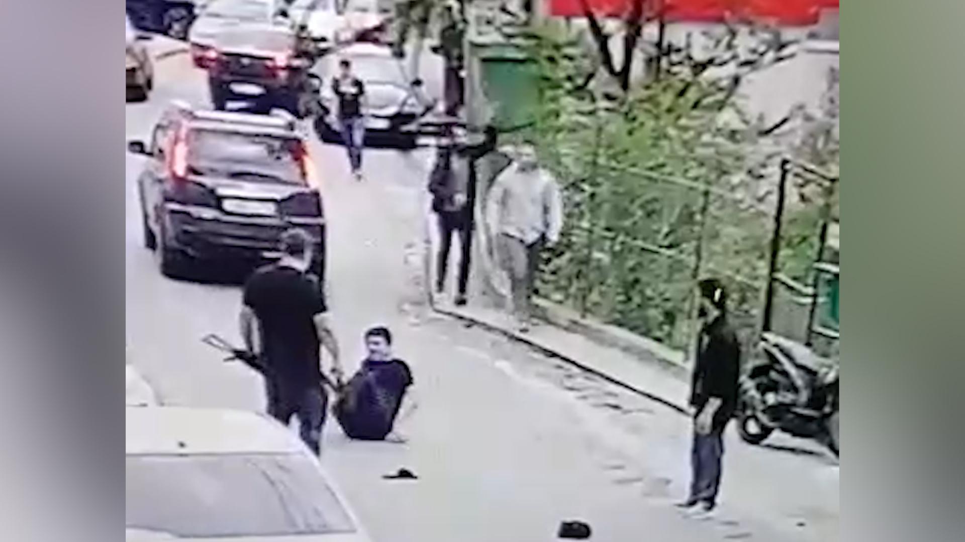 Зачинщик с автоматом в бегах: Массовая драка со стрельбой в Сочи попала на видео