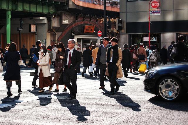 Японские пенсионеры по ошибке получили от США по 1400 долларов