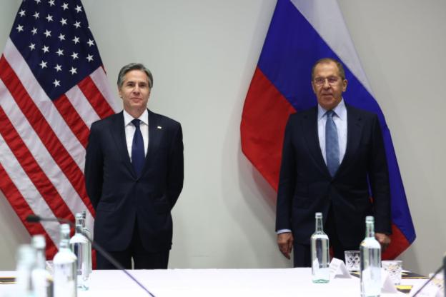 'Каждый остался при своём': Политологи назвали ожидаемым отсутствие прорыва на встрече Лаврова и Блинкена
