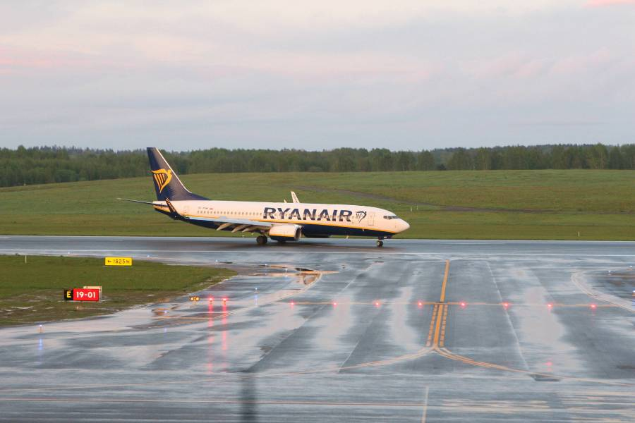 В Минтрансе Белоруссии рассказали, почему самолёт Ryanair приземлился именно в Минске
