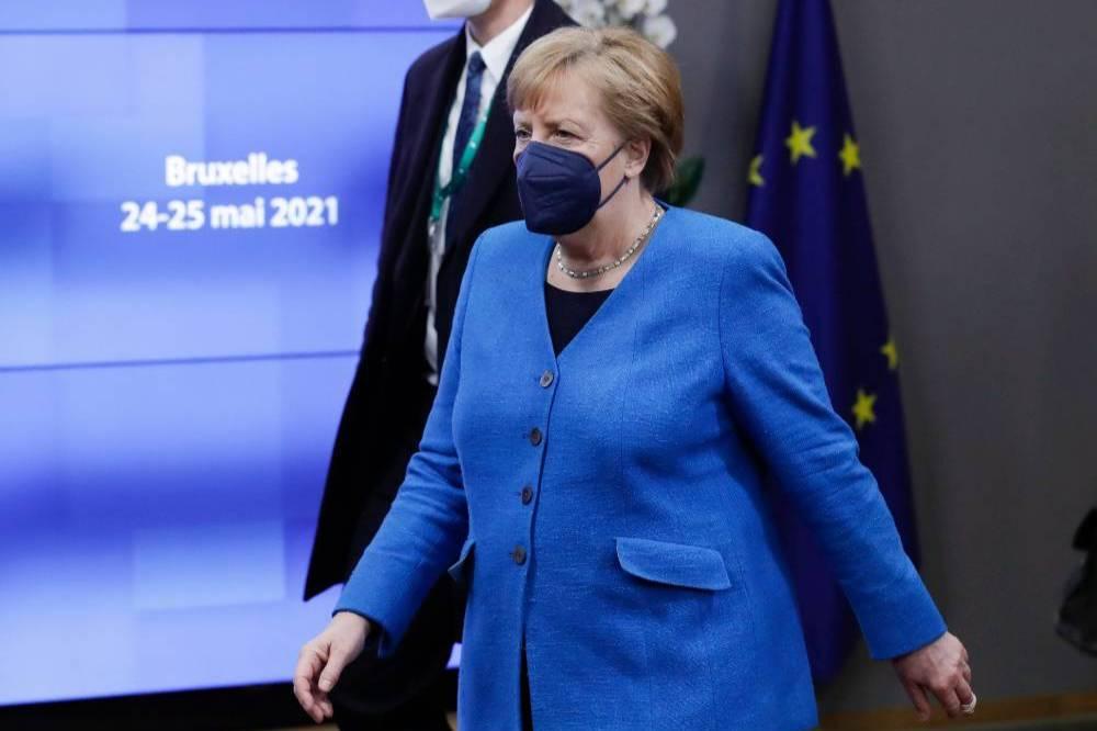 СМИ рассказали, как Дания помогала США следить за Меркель и Штайнмайером