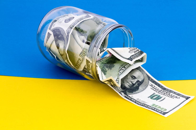 США выделят Украине 2 миллиона долларов на 'развитие науки' в стране