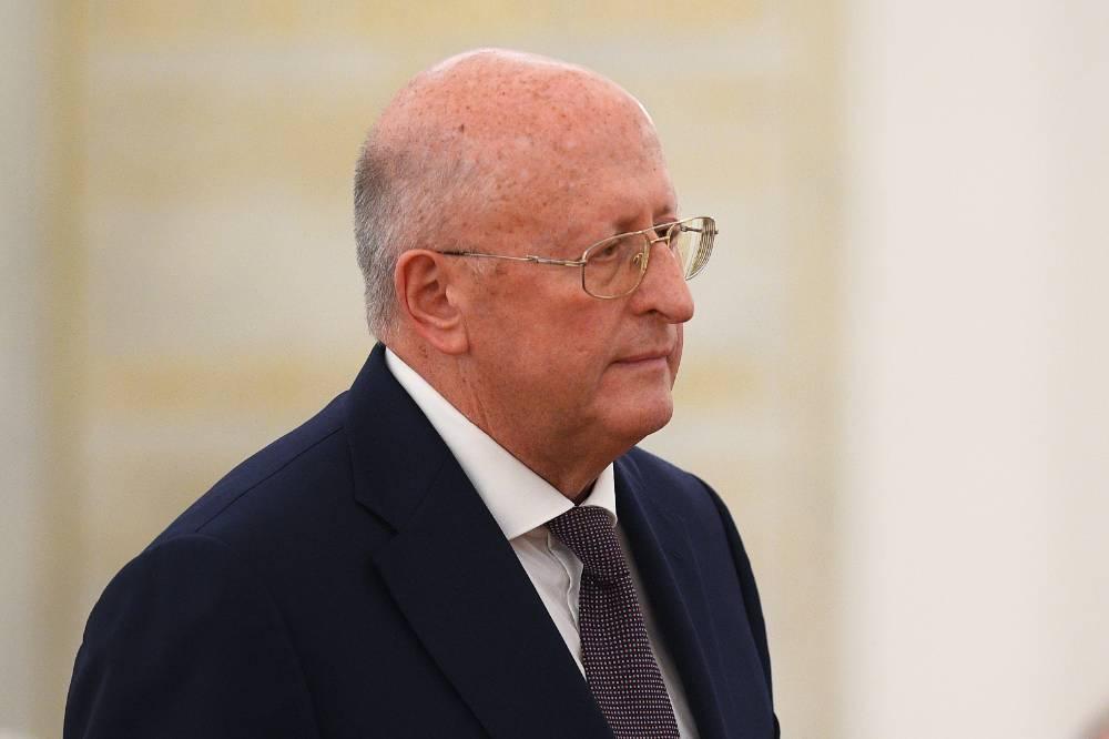 Глава центра Гамалеи перечислил три главные причины роста заболеваемости ковидом в России