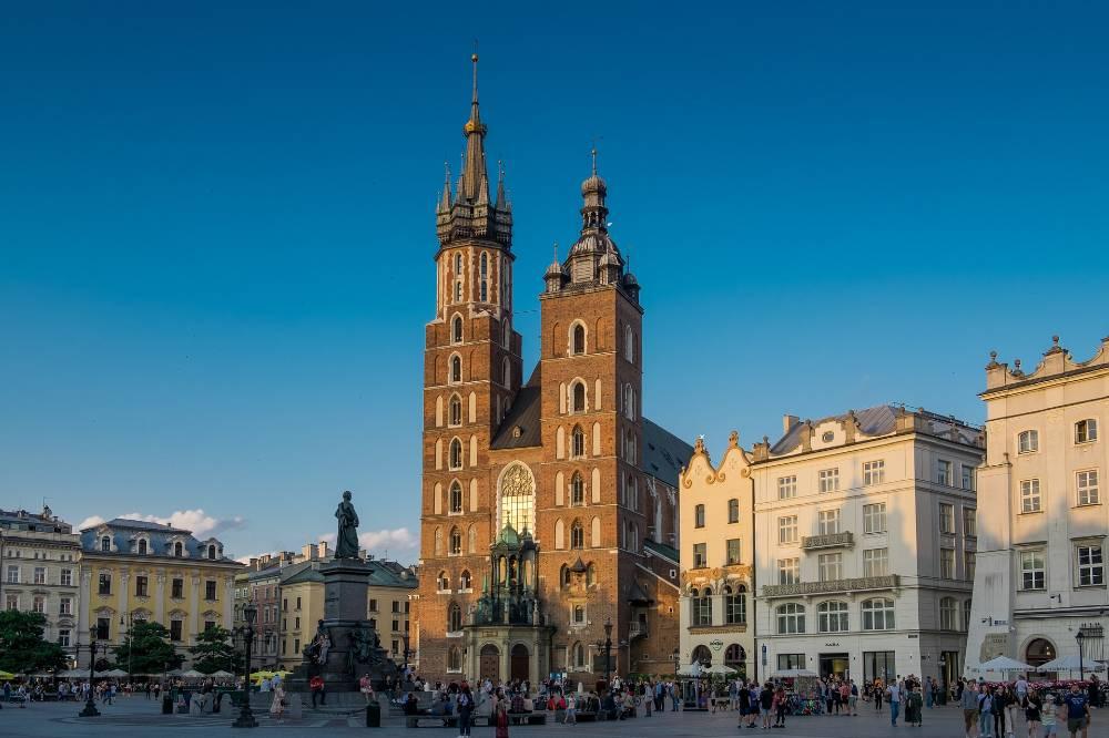 В Польше опровергли масштабную кибератаку, в которой поспешили обвинить Россию