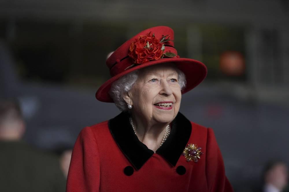 Эксперты подсчитали размер богатства Елизаветы II