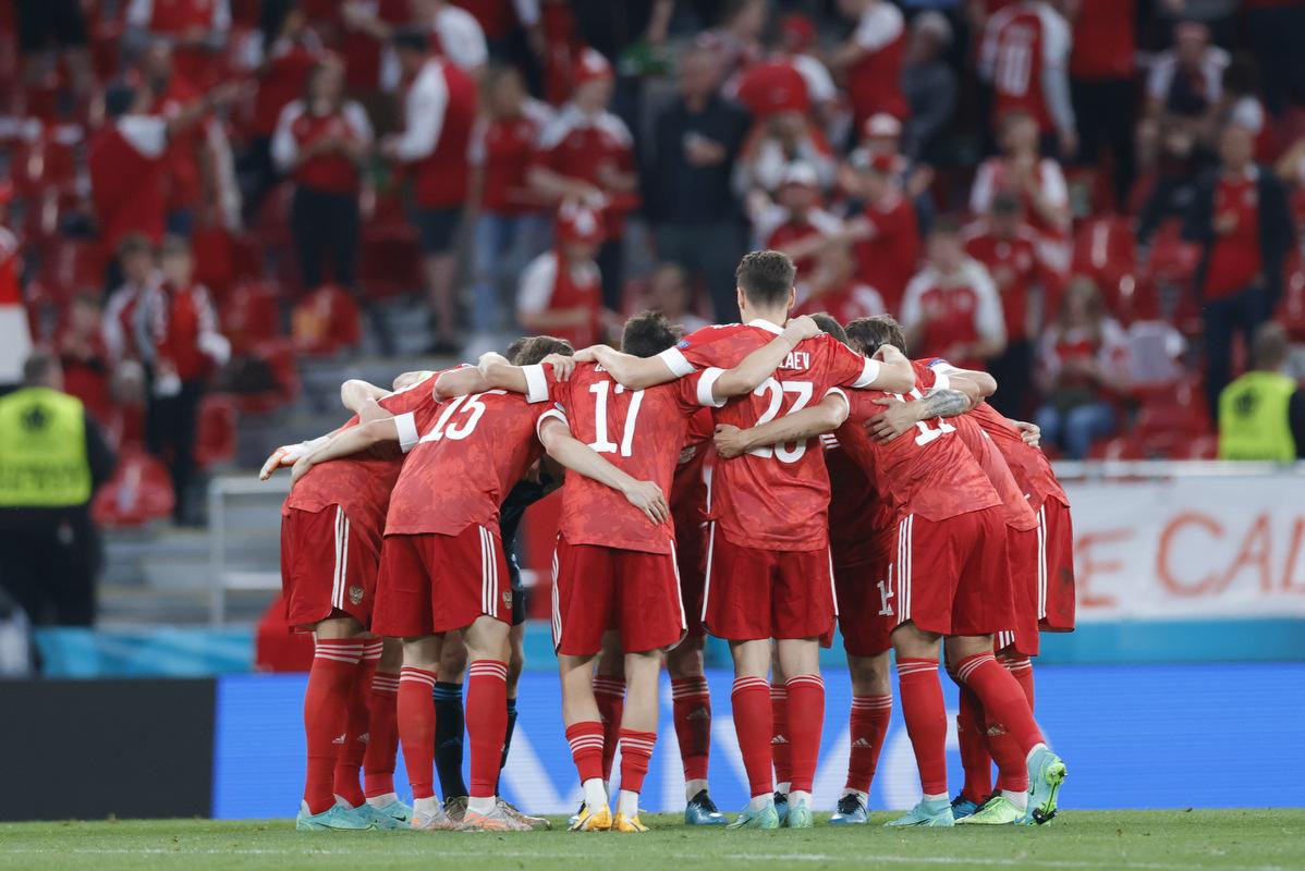 'По самоотдаче к игрокам претензий нет': В сборной России рассказали о настроении после вылета с Евро-2020