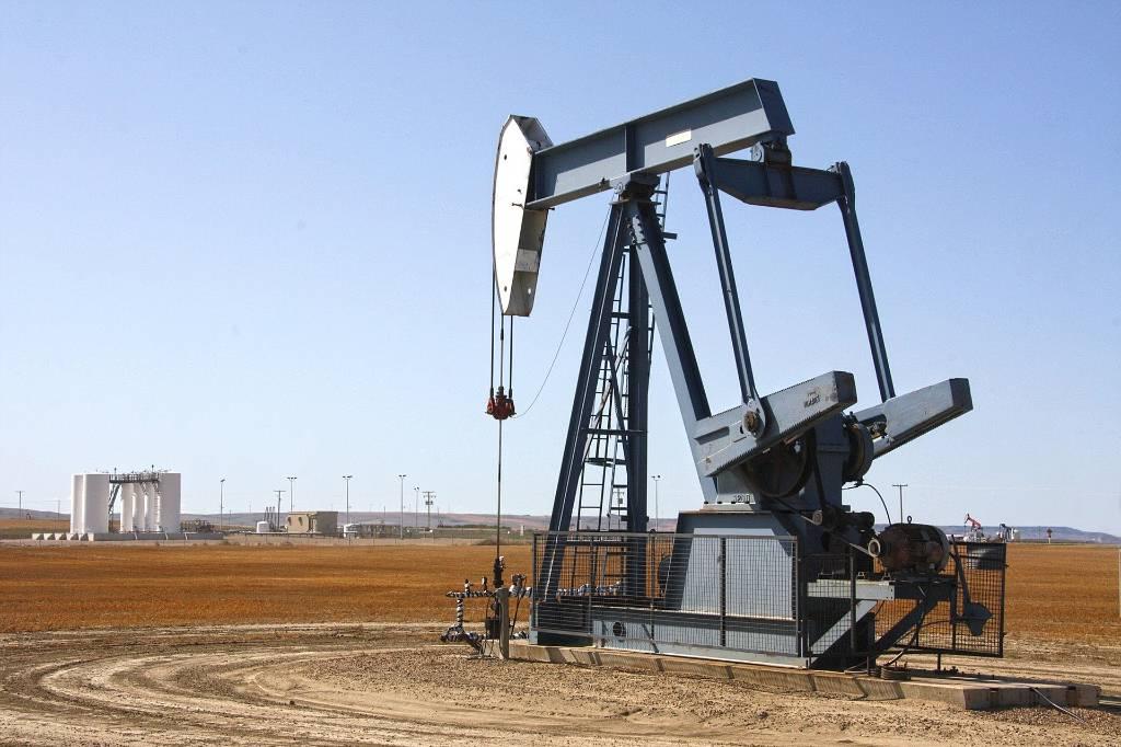 Нефть марки Brent превысила $76 за баррель впервые с октября 2018 года