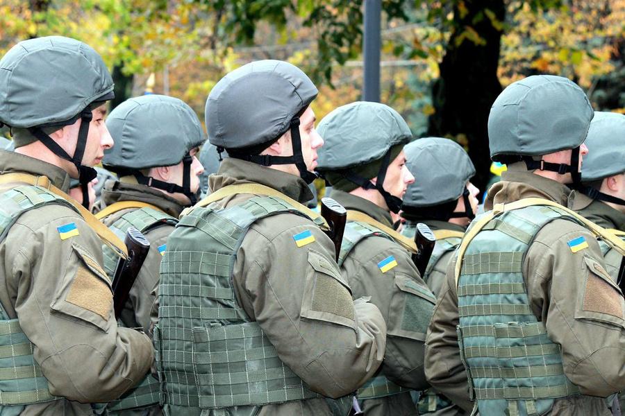 На Украине 'тайно' приняли решение усилить безопасность на границе с Крымом