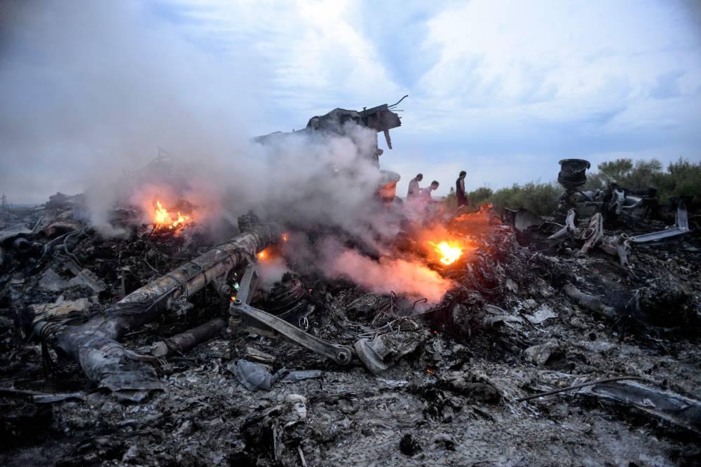 Более сотни металлических обломков извлекли из тела пилота рухнувшего рейса MH17