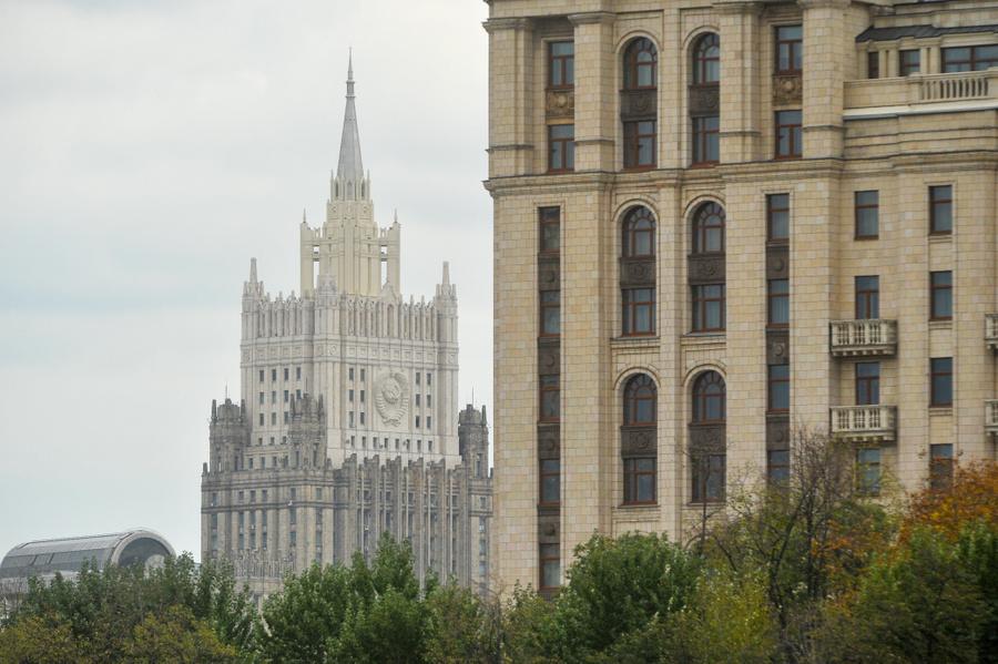 В МИД РФ назвали условие восстановления нормы выдачи виз американцам